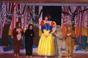 Snow-White-Cockenzie-Drama-Group2